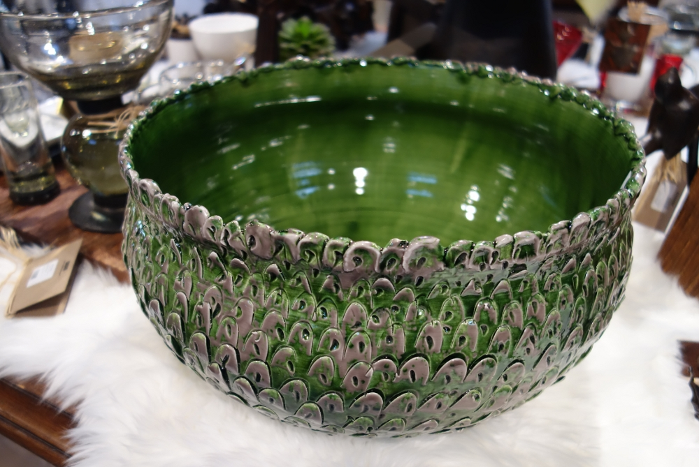 Abigails Feathered Bowl